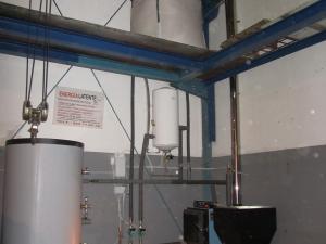 Caldera biomasa y depósito ACS